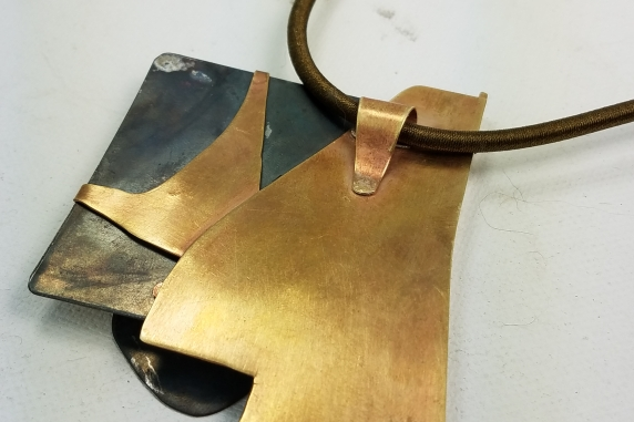 contemporary art jewellry