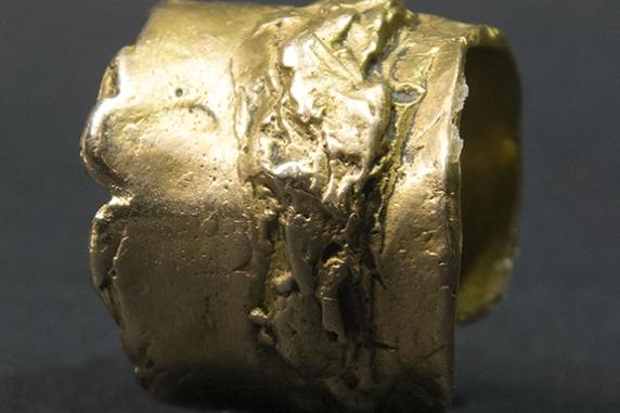 cast bronze ring