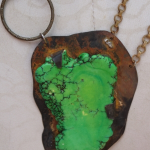 Beautiful green magnestie stone